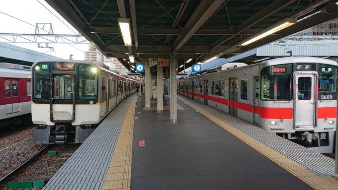 尼崎駅を行き交う色々な鉄道会社の車両たち1